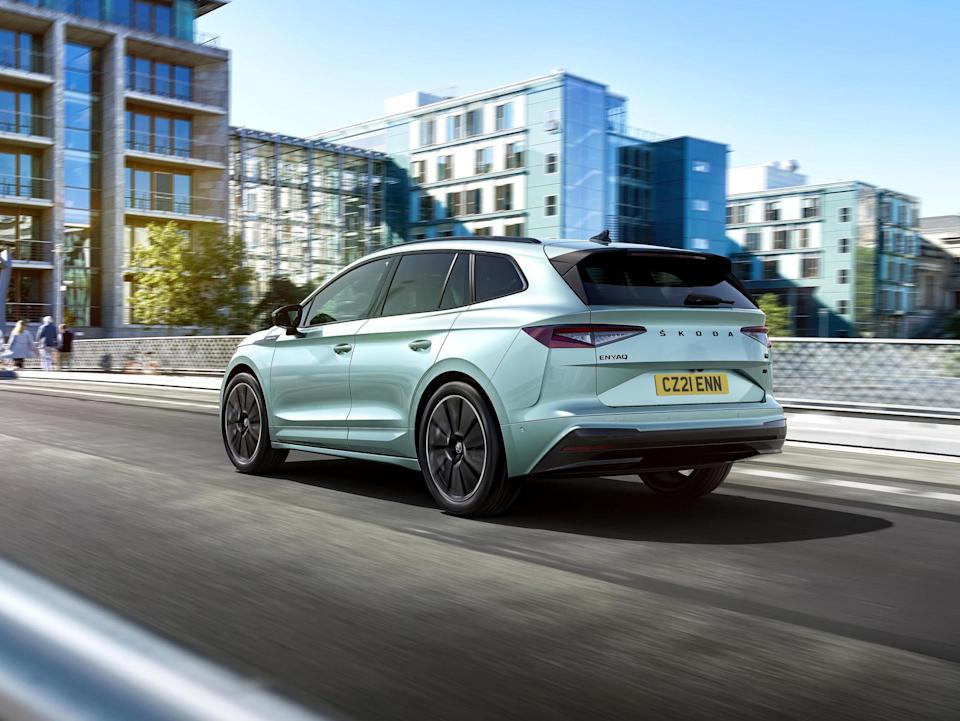 The low-speed power delivery is impressive; the Enyaq quickly away from the lights and, because of the large battery pack, it doesn't run out of power even at higher speeds (Skoda)