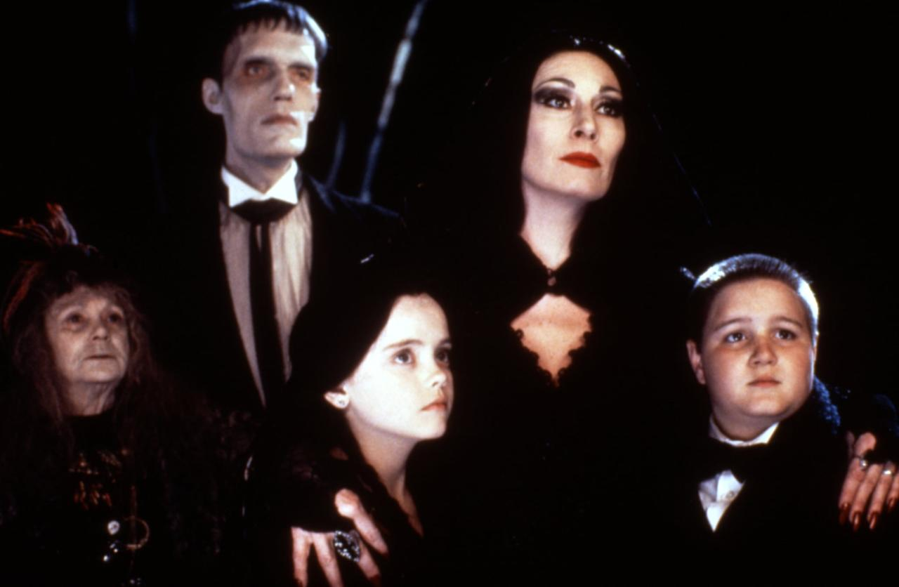 """<p>When a man (Christopher Lloyd) claims to be Fester, the missing brother of Gomez Addams (Raul Julia), the family welcomes him before learning that he has ulterior motives. But the Addams family proves that they're a <a href=""""https://www.popsugar.com/entertainment/best-wednesday-addams-quotes-moments-46643192"""" class=""""ga-track"""" data-ga-category=""""Related"""" data-ga-label=""""https://www.popsugar.com/entertainment/best-wednesday-addams-quotes-moments-46643192"""" data-ga-action=""""In-Line Links"""">tough clan to mess with</a>.</p>"""