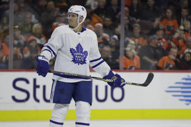 "Toronto Maple Leafs' <a class=""link rapid-noclick-resp"" href=""/nhl/players/2571/"" data-ylk=""slk:Ron Hainsey"">Ron Hainsey</a> in action during an NHL hockey game against the <a class=""link rapid-noclick-resp"" href=""/nhl/teams/phi"" data-ylk=""slk:Philadelphia Flyers"">Philadelphia Flyers</a>, Thursday, Jan. 18, 2018, in Philadelphia. (AP Photo/Matt Slocum)"