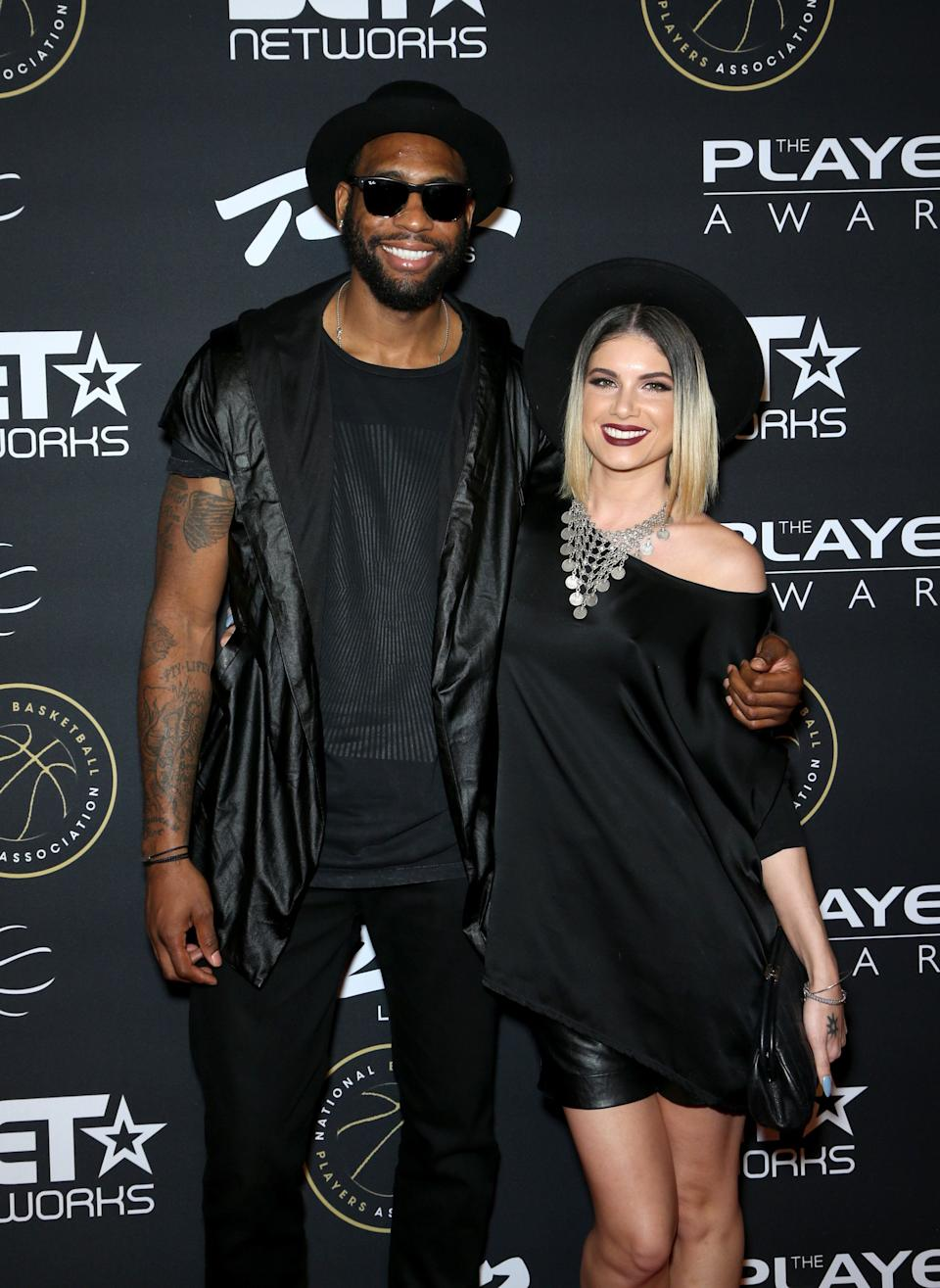 """<strong>Rasual Butler andLeah LaBelle</strong><br /><strong>Ex-NBA Player (b. 1979) and 'American Idol' star(b. 1977)</strong><br /><br />Leah, who found fame when she was a finalist on the 2004 series of 'American Idol' died with her former professional basketball player husband Rasual <a href=""""http://www.huffingtonpost.co.uk/entry/leah-labelle-dead-dies-american-idol-car-crash-husband-rasual-butler_uk_5a72e92fe4b0bf6e6e21f29"""">when their car crashed in LA.</a>"""