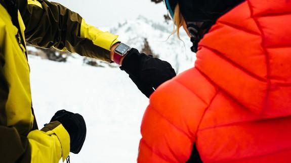 Apple Watch Series 3 now tracks skiing and snowboarding activity