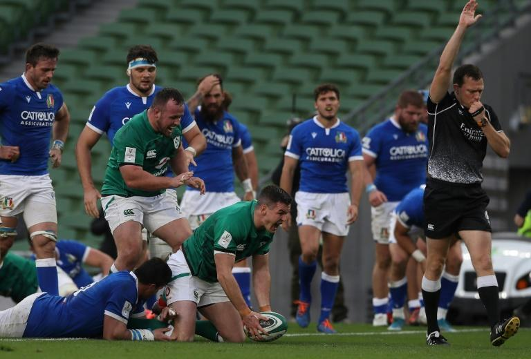 Ireland's Johnny Sexton celebrates after scoring his side's fifth try last weekend