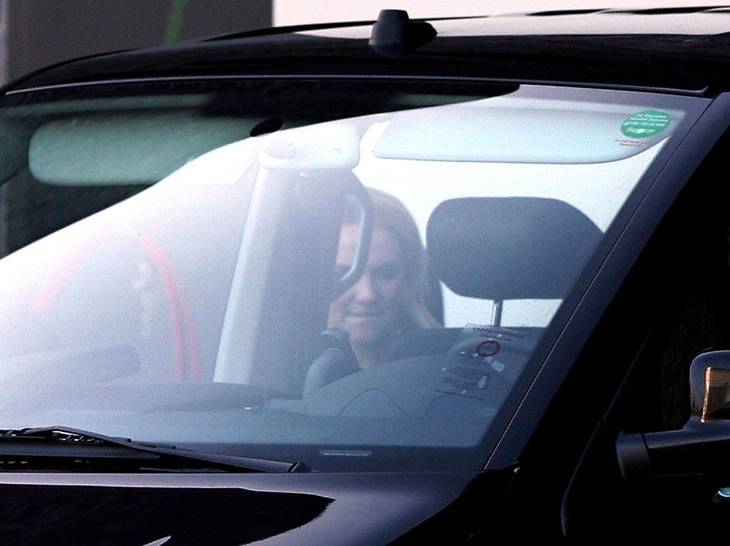 In the run up to the release of her new album, 'Circus', and appearances on the French and British editions of X-Factor, Britney Spears is pictured leaving a German television studio following rehearsals for tomorrow's 'Tribute To Bambi' awards show. Pictured: Britney Spears Ref: SPL63462 261108 Picture by: Earl / Purvey / Splash News Splash News and Pictures Los Angeles: 310-821-2666 New York: 212-619-2666 London: 870-934-2666 photodesk@splashnews.com