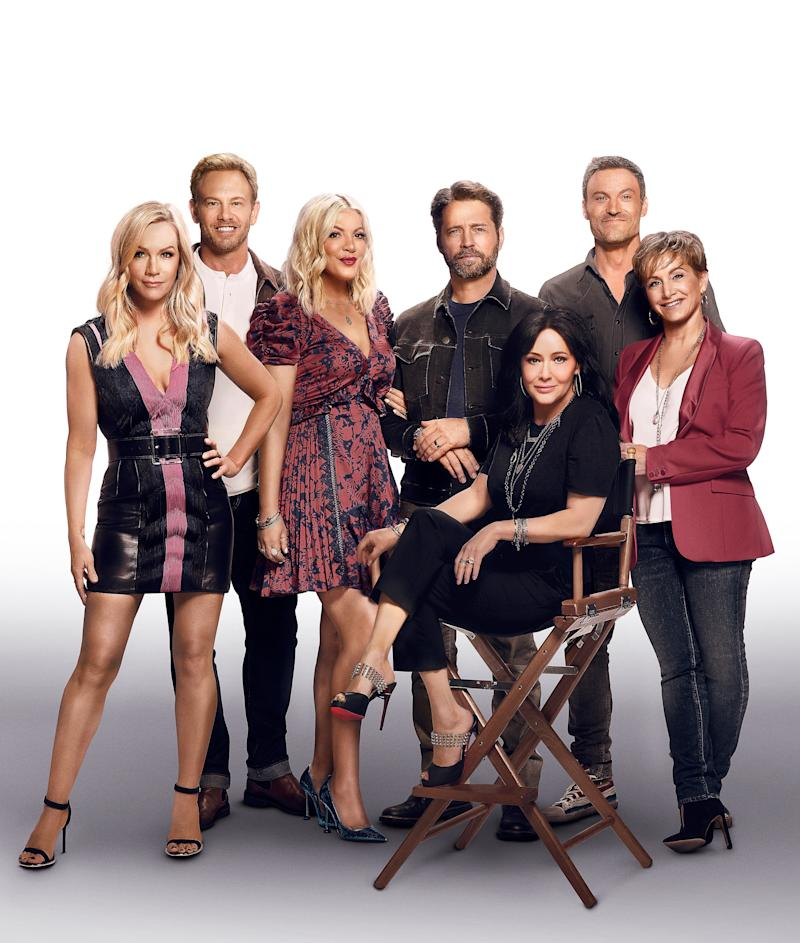 BH90210: L-R: Jennie Garth, Ian Ziering, Tori Spelling, Jason Priestley, Shannen Doherty, Brian Austin Green and Gabrielle Carteris. BH90210, the highly anticipated new six-episode event series, will premiere Wednesday, Aug. 7 (9:00-10:00 PM ET/PT) on FOX. (Photo by FOX via Getty Images)