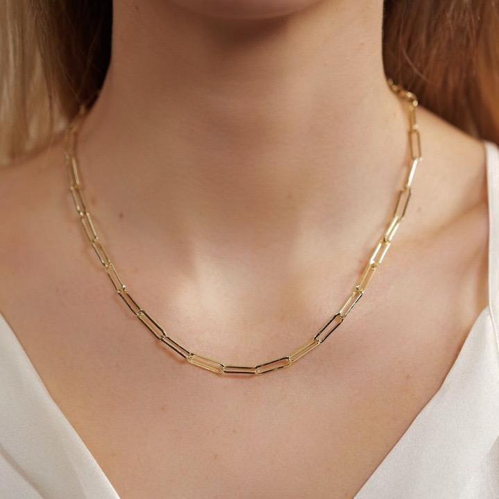 """<p>If you want something a little daintier, try this <a href=""""https://www.popsugar.com/buy/Melinda-Maria-Samantha-Chain-Necklace-547164?p_name=Melinda%20Maria%20Samantha%20Chain%20Necklace&retailer=melindamaria.com&pid=547164&price=78&evar1=fab%3Aus&evar9=47186387&evar98=https%3A%2F%2Fwww.popsugar.com%2Ffashion%2Fphoto-gallery%2F47186387%2Fimage%2F47186389%2FMelinda-Maria-Samantha-Chain-Necklace&list1=shopping%2Cjewelry%2Caccessories%2Cnecklace%2Caffordable%20shopping&prop13=mobile&pdata=1"""" rel=""""nofollow"""" data-shoppable-link=""""1"""" target=""""_blank"""" class=""""ga-track"""" data-ga-category=""""Related"""" data-ga-label=""""https://melindamaria.com/collections/necklace/products/samantha-chain-necklace"""" data-ga-action=""""In-Line Links"""">Melinda Maria Samantha Chain Necklace</a> ($78).</p>"""