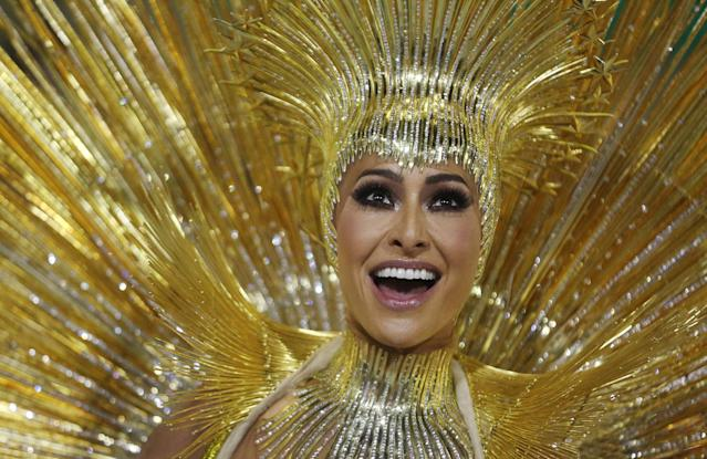 <p>Drum queen Sabrina Sato from Vila Isabel Samba school performs during the first night of the Carnival parade at the Sambadrome in Rio de Janeiro, Brazil, Feb. 12, 2018. (Photo: Pilar Olivares/Reuters) </p>