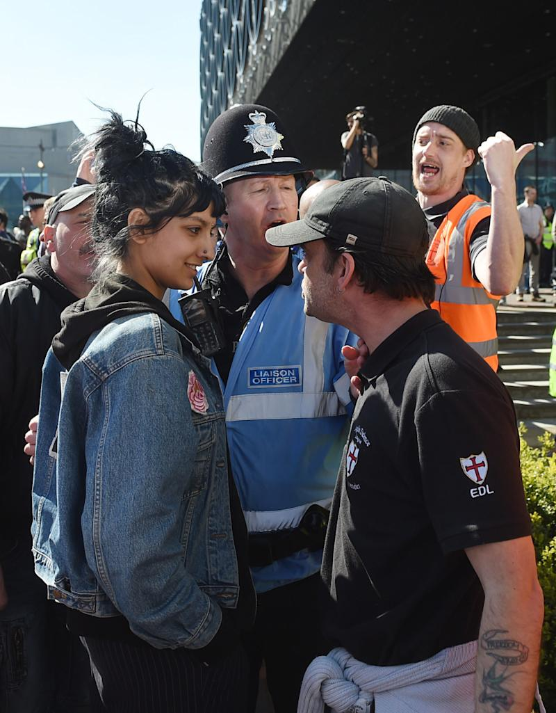 This Woman Has No Time for a Group of Far-Right Protesters