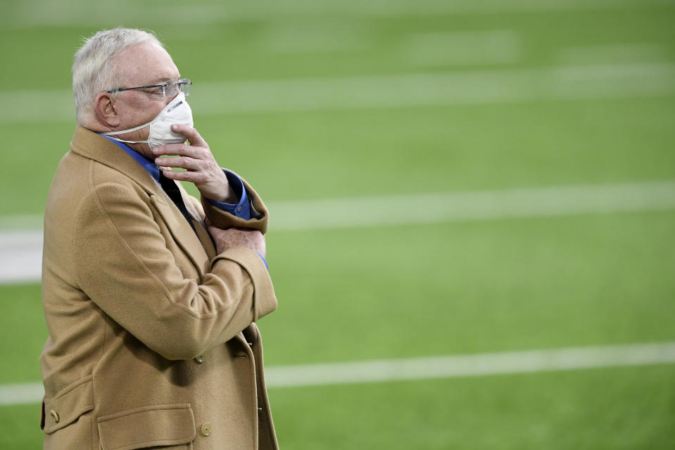MINNEAPOLIS, MINNESOTA - NOVEMBER 22: Dallas Cowboys' owner Jerry Jones looks on prior to their game against the Minnesota Vikings at U.S. Bank Stadium on November 22, 2020 in Minneapolis, Minnesota. (Photo by Hannah Foslien/Getty Images)