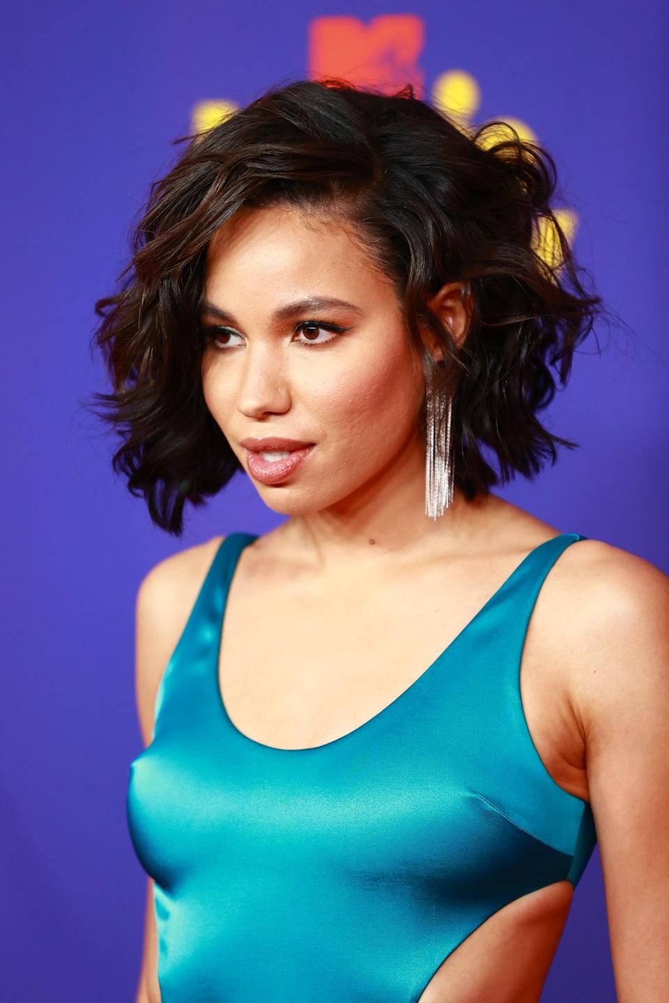 """<p>Jurnee Smollett was serving up major summer hairstyle inspiration with her voluminous, wavy bob haircut by <a href=""""https://www.instagram.com/kiyahwright1/"""" class=""""link rapid-noclick-resp"""" rel=""""nofollow noopener"""" target=""""_blank"""" data-ylk=""""slk:Kiyah Wright"""">Kiyah Wright</a>. Her makeup also featured a small blue wing to match her outfit by <a href=""""https://www.instagram.com/emilychengmakeup/"""" class=""""link rapid-noclick-resp"""" rel=""""nofollow noopener"""" target=""""_blank"""" data-ylk=""""slk:Emily Cheng"""">Emily Cheng</a>.</p>"""