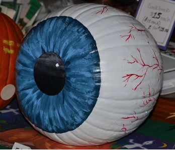 "<p>There are lots of genuinely beautiful pumpkin ideas, but we don't want to completely pass over the freaky examples out there. With a whole lot of paint, your pumpkin can be transformed into a realistic eyeball. <i>(Photo: <a href=""http://www.gurukoala.com/2015/08/06/37-no-carve-pumpkin-decorating-ideas/"" rel=""nofollow noopener"" target=""_blank"" data-ylk=""slk:gurukoala"" class=""link rapid-noclick-resp"">gurukoala</a>)</i></p>"