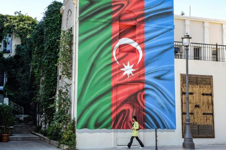 Missile strikes on Azerbaijan cities after separatist capital shelled
