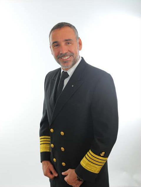 Flirty Passengers And Beating SeasicknessThe Life Of A Cruise - How to be a cruise ship captain