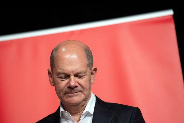 22 September 2021, North Rhine-Westphalia, Cologne: Olaf Scholz, Finance Minister and SPD candidate for Chancellor, is on stage during an election campaign appearance. Photo: Federico Gambarini/dpa (Photo by Federico Gambarini/picture alliance via Getty Images) (Photo: picture alliance via Getty Images)