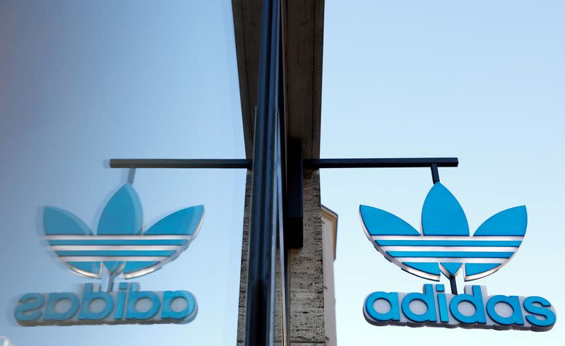 Slippers to work? Health kick, home office help Adidas