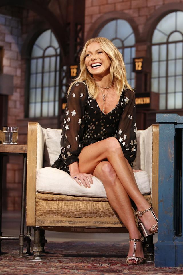 "<p>Kelly Ripa is known for many things: Her impressive TV career, her hilarious sense of humor on <a href=""https://www.instagram.com/kellyripa/"" target=""_blank"">Instagram</a>, and her adorable relationship with supportive <a href=""https://www.womenshealthmag.com/relationships/g30416767/kelly-ripa-mark-consuelos-body-language-analysis/"" target=""_blank"">hubby Mark Consuelos</a>, for starters. Another way Kelly is consistently wow-ing the world: Her fitspo-inducing workout routine. </p><p><strong>The 49-year-old actress, mother of three, and <em>Live with Kelly and Ryan</em> host is major goals when it comes to exercising</strong> (I mean, have you seen those poppin' <a href=""https://www.womenshealthmag.com/fitness/a30778896/kelly-ripa-abs-dance-workout-video/"" target=""_blank"">abs on her Instagram photos</a>?), and she seems to have endless amounts of energy. Ahead of the 2020 Super Bowl, Kelly even posted an Instagram video of her <a href=""https://www.womenshealthmag.com/fitness/a30693055/kelly-ripa-shakira-super-bowl-halftime-dance-audition-instagram/"" target=""_blank"">dance ""audition""</a> to join Shakira and J.Lo's Halftime Show, alongside celebrity fitness trainer <a href=""https://www.womenshealthmag.com/fitness/a19874044/anna-kaiser-abs-vs-core/"" target=""_blank"">Anna Kaiser</a> (who is also Shakira's trainer, FYI). </p><p><strong>For years, Kelly has worked out with Kaiser, a former dancer and the founder of <a href=""https://www.theakt.com/"" target=""_blank"">AKT</a> fitness studio in New York City.</strong> Kaiser is known for her dance-infused, high-intensity interval training classes, and she recently spoke to Women's Health about her 360-degree approach to sculpting, saying: ""The best thing about the marriage of dance and HIIT is that you're moving on multiple planes of motion and you're having fun. You really need to focus on different types of muscular contractions and angles, not just on getting through exercises for the sake of feeling a burn. If you do the same motions over and over, you're not going to get the full benefit.""</p><p>Proof her multifaceted fitness plan works? Look no further than Kelly's six pack and poppin' biceps. Luckily, her trainer shared some insights into Kelly's go-to ways to stay so fit and fierce. </p>"