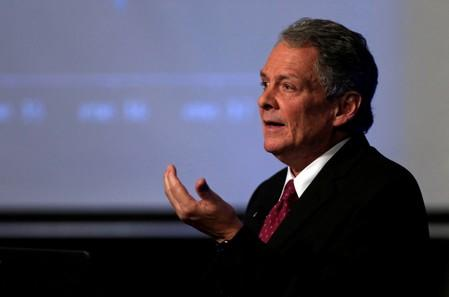 Colombia's political division casts shadow on economic recovery