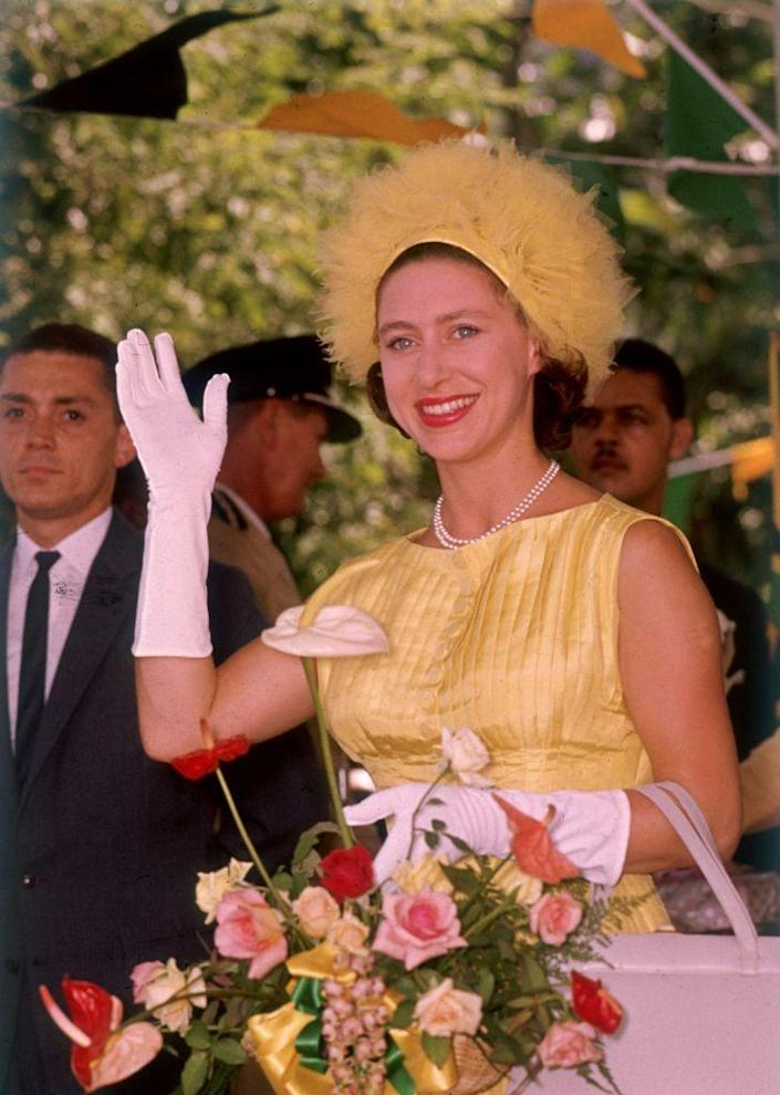 <p>While visiting Jamaica in 1962, Princess Margaret donned this sunny yellow combo. </p>