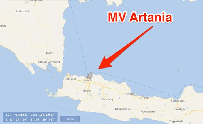 Map showing the MV Artania's location on April 24, 2020.