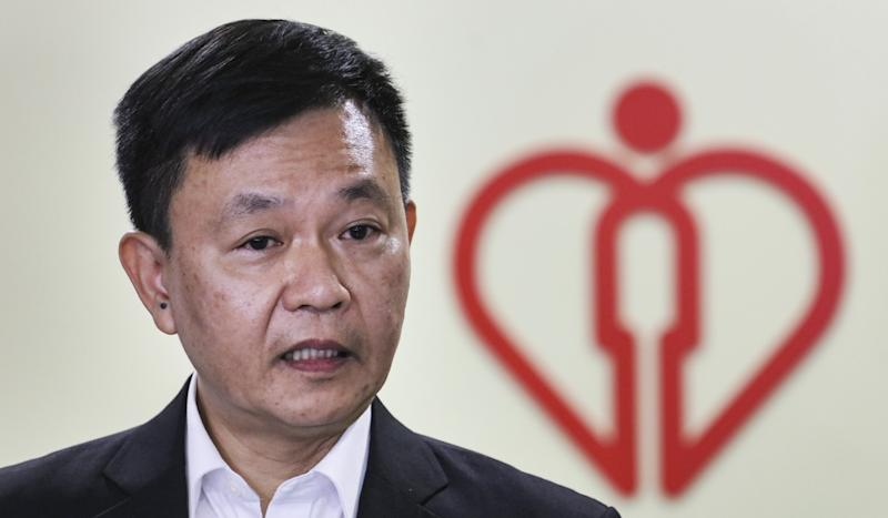 In wake of uproar over ban on Hong Kong doctor, Hospital Authority to issue guidelines for health care workers