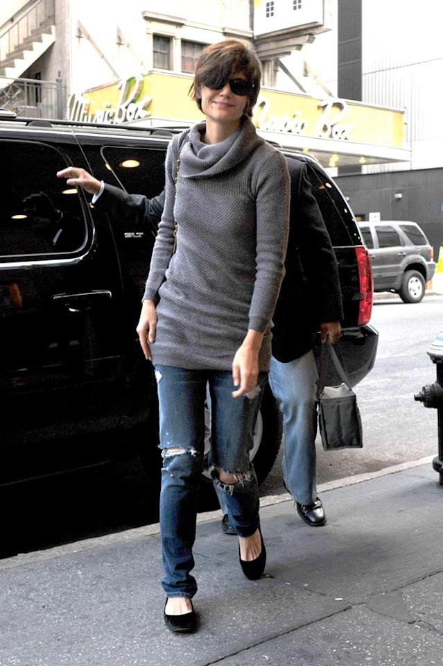 "Even fashionistas like Katie Holmes are rocking ripped denim. <a href=""http://www. PacificCoastNews.com"" target=""new"">PacificCoastNews.com</a> - October 18, 2008"