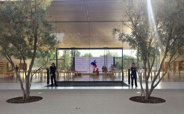The Apple Park visitor centre. Source: Getty Images