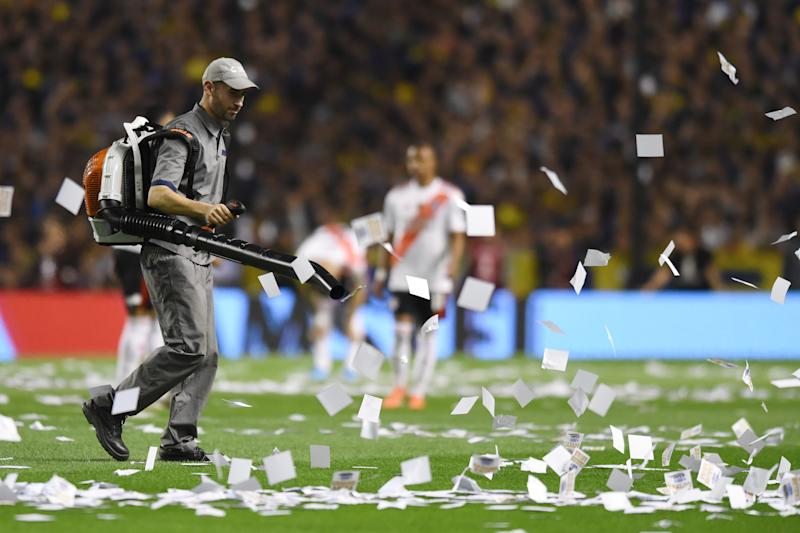 Scattered showers of paper were the only notable incident apart from Tuesday's Copa Libertadores game between River Plate and Boca Juniors. (Getty)