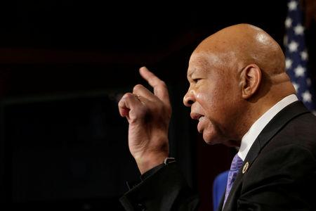 FILE PHOTO: House Oversight and Government Reform Committee ranking member Representative Elijah Cummings (D-MD) speaks about former national security adviser Michael Flynn during a news conference on President Trump's first 100 days on Capitol Hill in Washington, U.S. April 27, 2017. REUTERS/Yuri Gripas