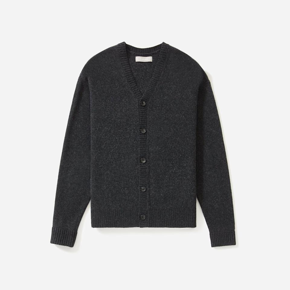 "<p><strong>everlane</strong></p><p>everlane.com</p><p><strong>$88.00</strong></p><p><a href=""https://go.redirectingat.com?id=74968X1596630&url=https%3A%2F%2Fwww.everlane.com%2Fproducts%2Fmens-felted-wool-cardigan-charcoal&sref=https%3A%2F%2Fwww.esquire.com%2Fstyle%2Fmens-fashion%2Fg35086246%2Feverlane-end-of-year-sale-2020%2F"" rel=""nofollow noopener"" target=""_blank"" data-ylk=""slk:Shop Now"" class=""link rapid-noclick-resp"">Shop Now</a></p>"