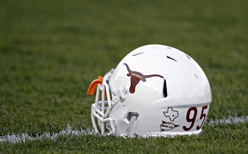 Texas continues to reap Baylor defectors, lands four-star OL