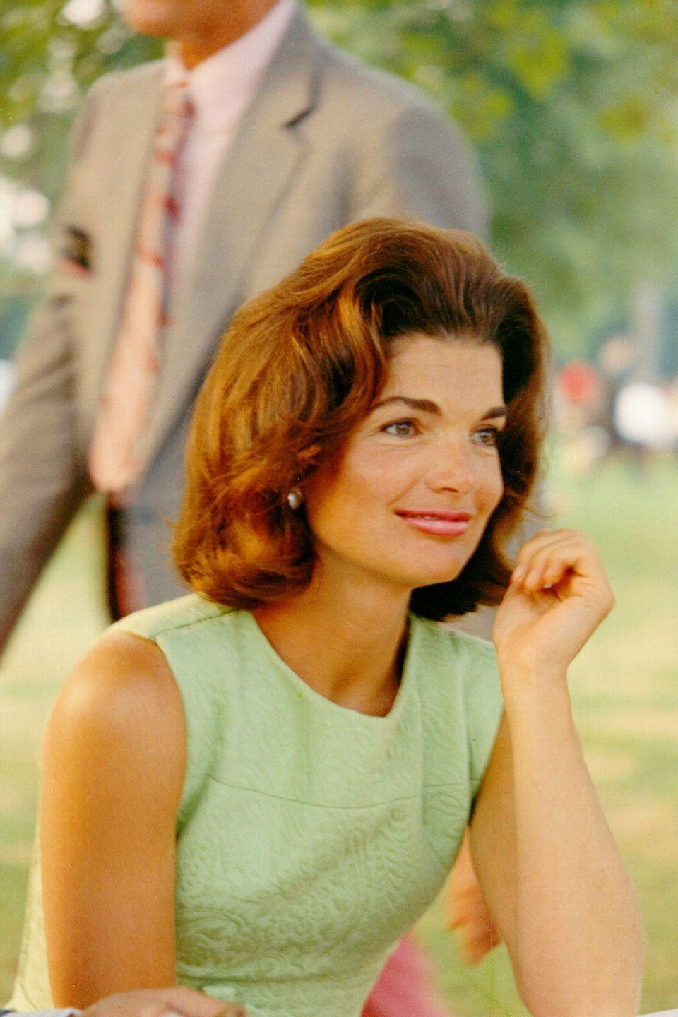 <p>A little shift dress in any pastel in always a good idea. Here, Kennedy is casual and chic at a picnic in the park.</p>