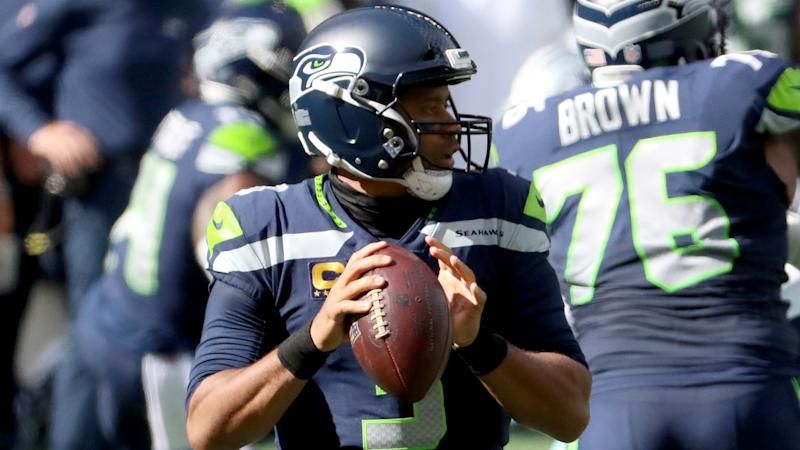 Wilson surpasses Mahomes for NFL record as Seahawks stay perfect