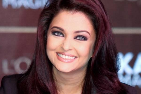 Aishwarya Rai : She won Miss World in 1994.