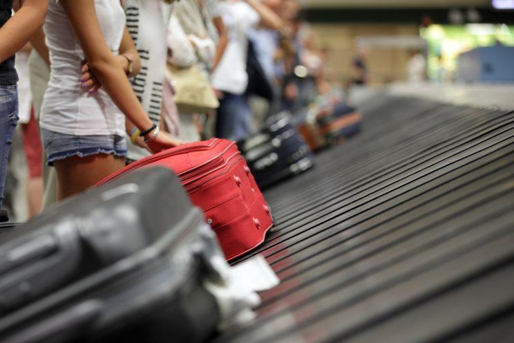 80b71a824356 Airlines now have to refund fees for delayed bags