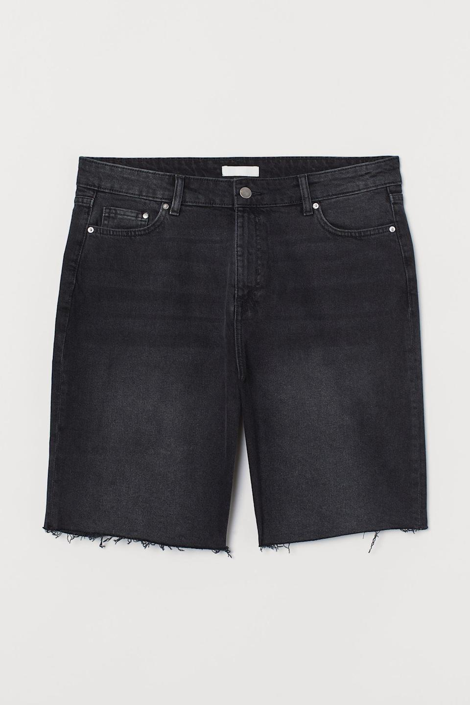 <p>These <span>H&amp;M+ Denim Shorts High Waist</span> ($25) are both comfy and flattering.</p>