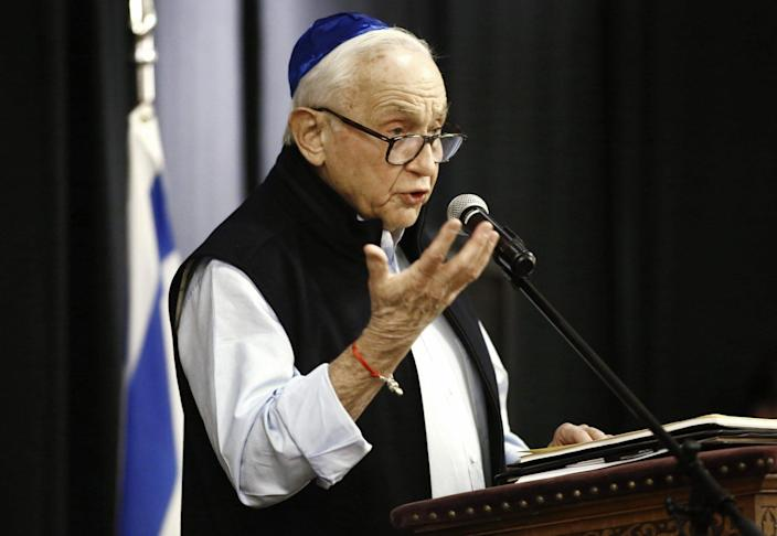 Les Wexner speaks at a prayer vigil held at the Jewish Community Center of Greater Columbus on Sunday, October 28, 2018, for the victims of the Tree of Life Synagogue shooting in Pittsburgh.