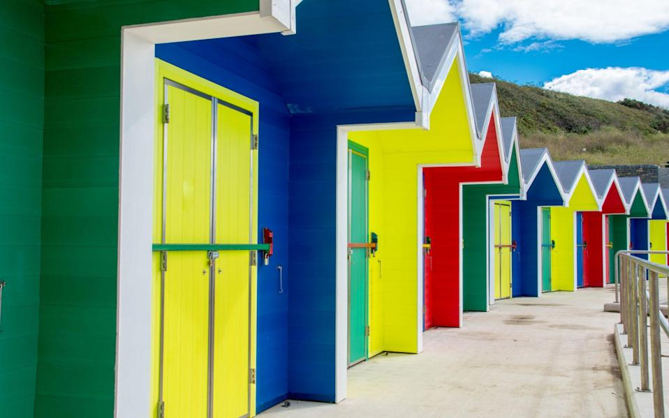 Barry beach huts - Phil Darby/iStock