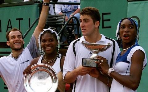 <span>Gimelstob (second right) with Venus Williams (far right) in 1998 after winning the mixed doubles at Roland Garros</span> <span>Credit: AP </span>
