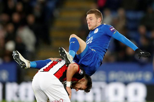 Soccer Football - FA Cup Fifth Round - Leicester City vs Sheffield United - King Power Stadium, Leicester, Britain - February 16, 2018 Leicester City's Jamie Vardy in action with Sheffield United's George Baldock Action Images via Reuters/Carl Recine TPX IMAGES OF THE DAY