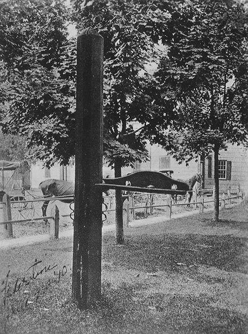 An image of the whipping post from Delaware's Public Archives. (Photo: Delware.gov)