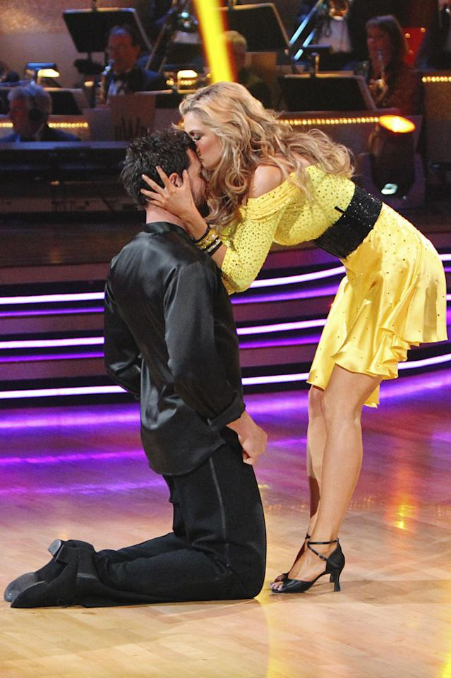"""Maksim Chmerkovskiy and Erin Andrews on the finale of """"Dancing with the Stars."""""""