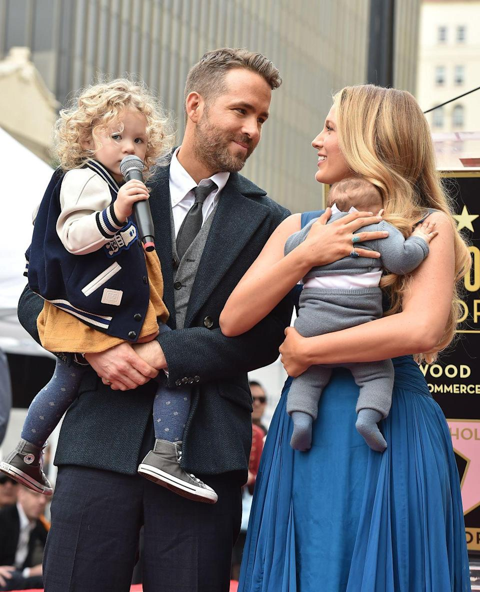 <p>The cutest family pictured together (with daughters James and Ines) as Reynolds accepts his Hollywood Walk of Fame star.</p>