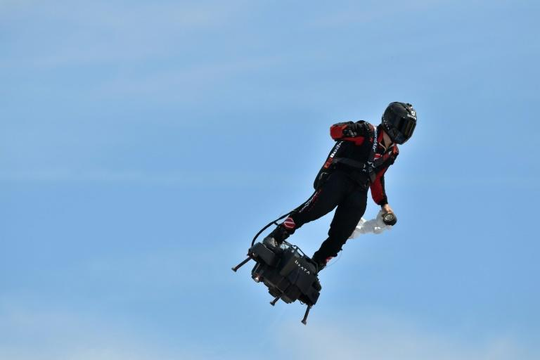 The flyboard can reach speeds up to 190 kilometres an hour (118 mph) (AFP Photo/GERARD JULIEN)