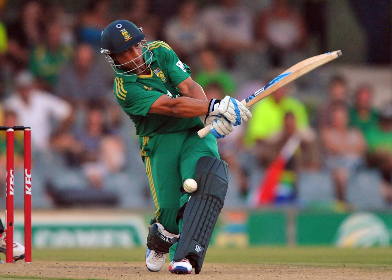 EAST LONDON, SOUTH AFRICA - DECEMBER 23:   Henry Davids of South Africa survives a lbw appeal during the 2nd T20 match between South Africa and New Zealand at Buffalo Park on December 23, 2012 in East London, South Africa.  (Photo by Duif du Toit/Gallo Images/Getty Images)