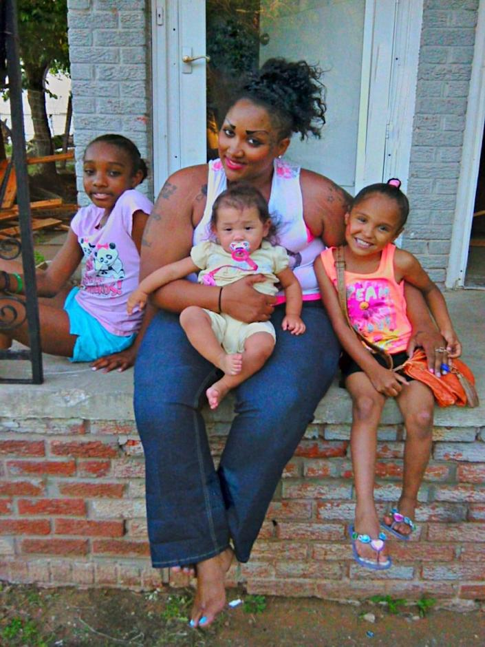 """Brittany Jefferson with her three daughters: Lela, Victoria and Alejandra. Jefferson is awaiting release from prison this year and says she cannot wait to be """"the super mom."""" (Photo: Courtesy Christine Zuniga )"""