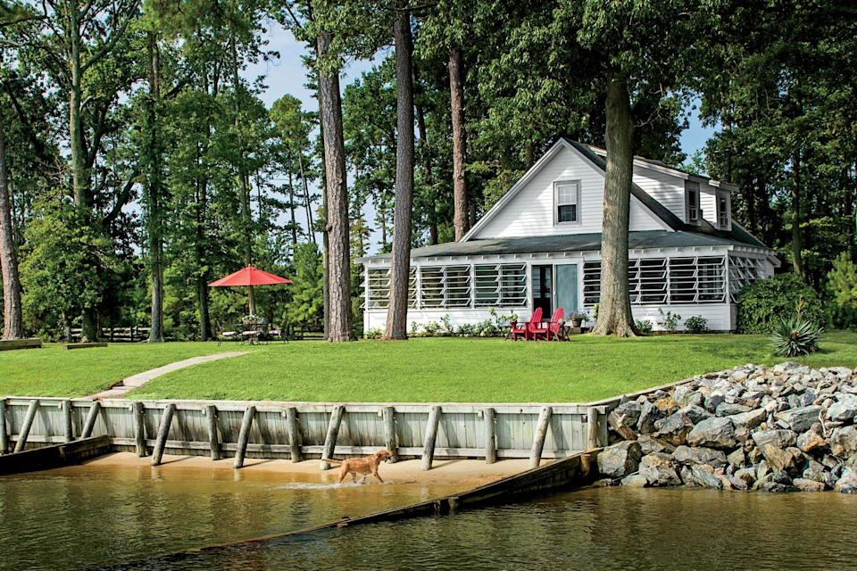 1928 cottage on the Potomac River in Sandy Point, VA