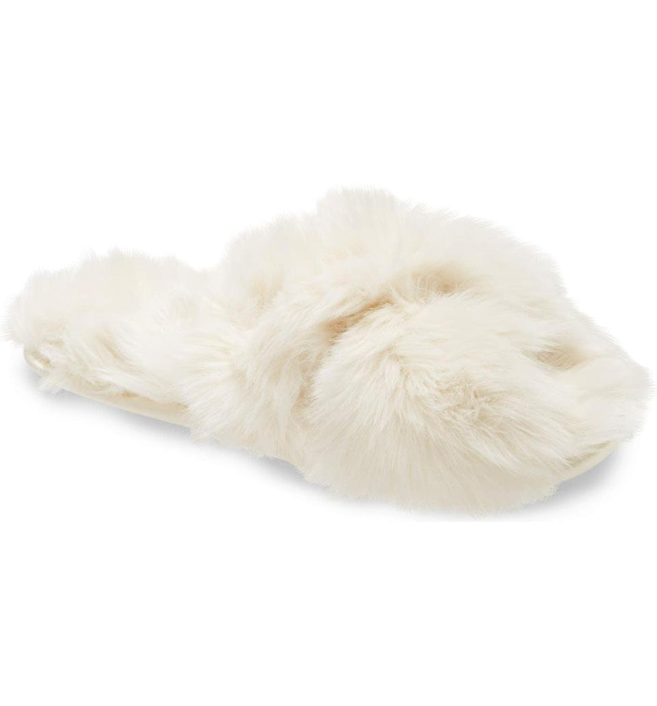 <p><span>Rachel Parcell Faux Fur Slipper</span> ($17, originally $29)</p>