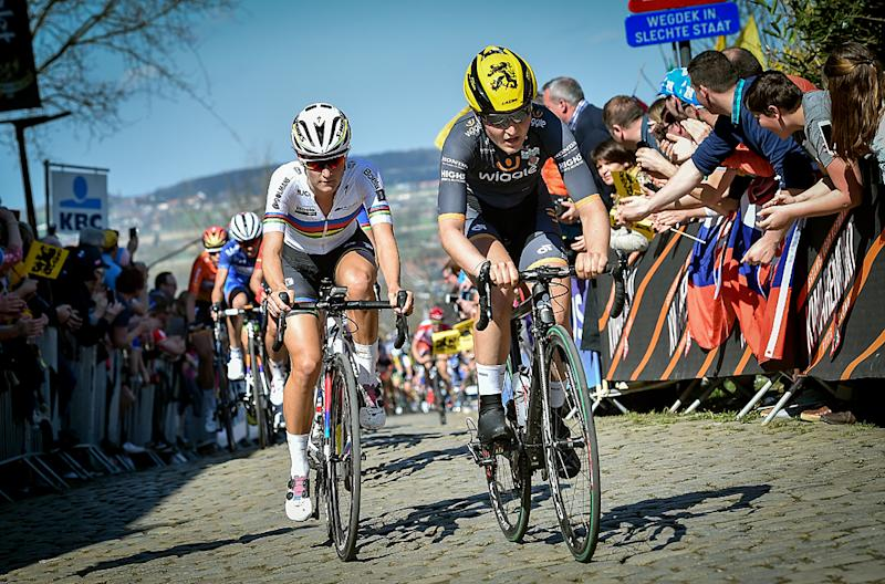 Elisa Longo Borghini and Lizzie Armitstead at 2016 Tour of Flanders Women