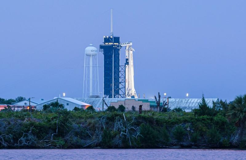 SpaceX Falcon 9 and Dragon