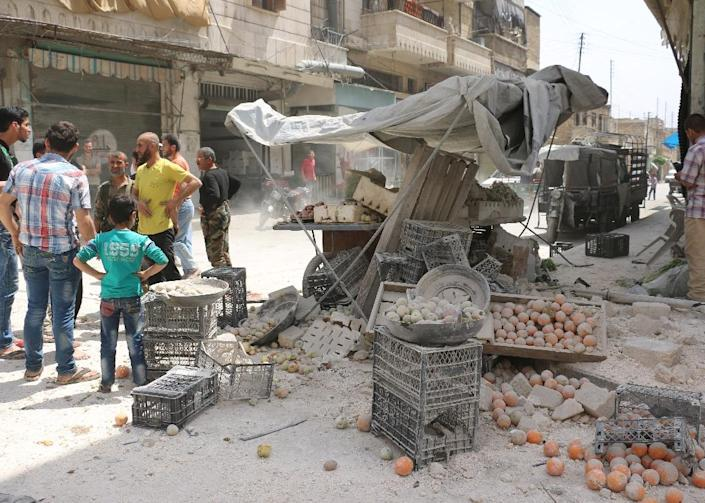 A reported air strike by governement forces hit the rebel-held neighbourhood of Sakhur in Aleppo on April 24, 2016 on a third day of renewed deadly violence in the battered city (AFP Photo/Ameer Alhalbi)