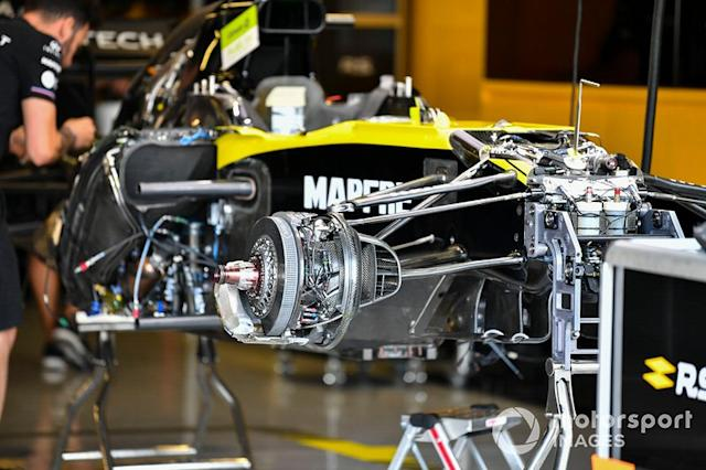 "Front brake of Renault R.S.19 <span class=""copyright"">Mark Sutton / Sutton Images</span>"